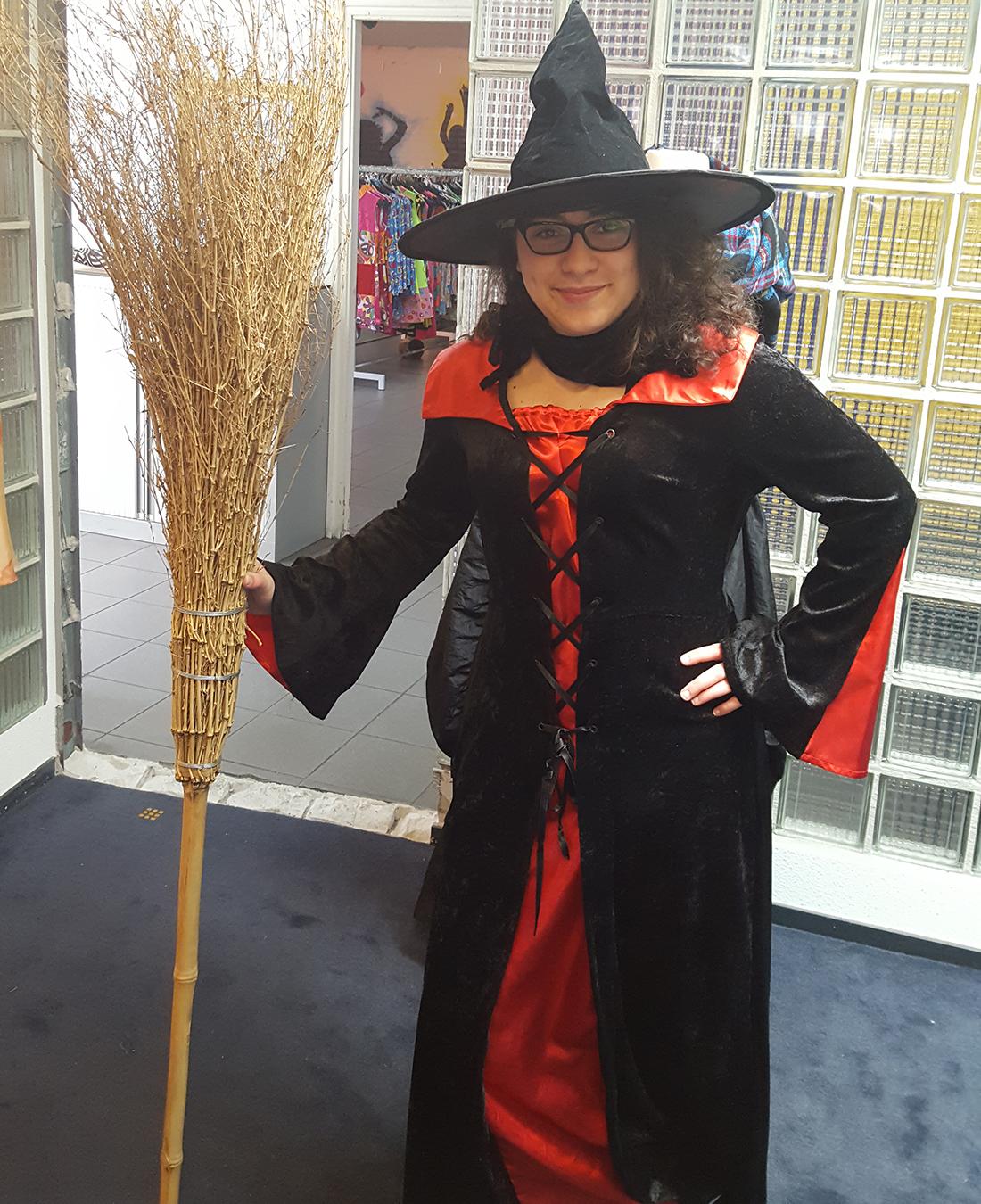 Halloween Friesland.Halloween En Griezel Kledingverhuur Friesland